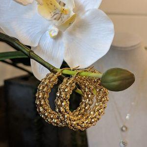 Jewelry - Amazing gold hoops